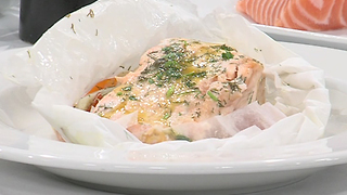 Salmon in parchment paper recipe - Video