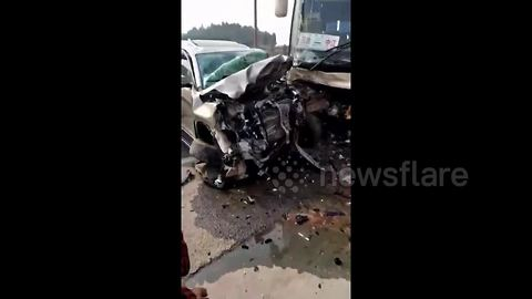 SUV crashes head-on into coach in China