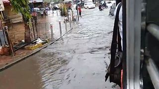 Heavy Flooding in Mumbai Continues to Cause Chaos for Travelers - Video