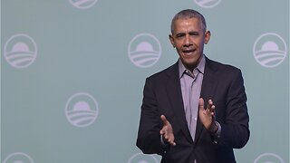 Obama Speaks His Mind To Obama Alumni Association