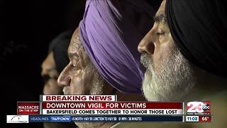 Bakersfield gathers for vigil to pray for Las Vegas victims - Video
