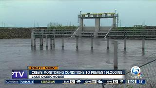 Crews monitoring conditions to prevent flooding at Lake Okeechobee - Video