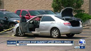 Witnesses stop suspect after deadly crash - Video