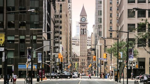 The Top Paying Jobs In Toronto Were Just Revealed & Some Don't Need A University Degree