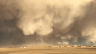 Low Cloud Rolls Through Denver Airport in Dramatic Timelapse