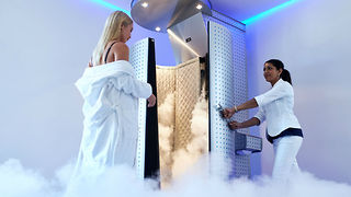 Cryotherapy Benefits: 3 Ways to Freeze Away Pain - Video