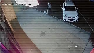 Surveillance video: Man suspected in Ocean Beach attack (June 22, 2017) - Video