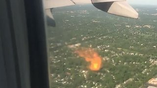 United Airlines Plane Engine Catches Fire After Takeoffat Chicago's O'Hare Airport - Video