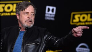 Mark Hamill Suggests Replacing Donald Trump's Walk of Fame Star With One For Carrie Fisher