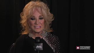 Tanya Tucker talks Randy Travis | Rare Country - Video