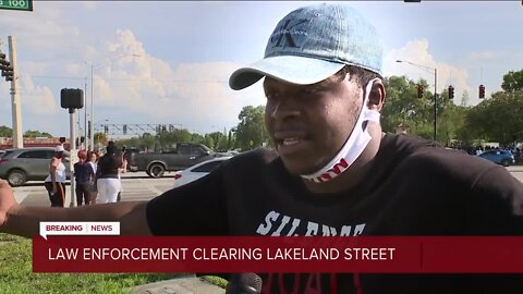 Law enforcement cleaning Lakeland Street amid protests