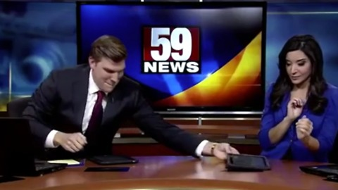 News Anchor Loves To Lip-Sync During Commercial Breaks