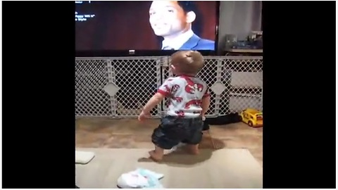 Dancing Baby Loses It To Will Smith's 'Gettin' Jiggy Wit It'