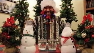 Man Performs Jingle Bells With His Beard - Video