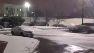 Coating of Snow Falls Across Northern Louisiana - Video
