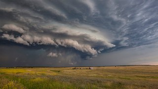 A Year In Storms: Tornadoes, Lightning And Supercells Caught On Camera - Video