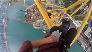 Dizzying Crane Climb Could Give you Vertigo - Video
