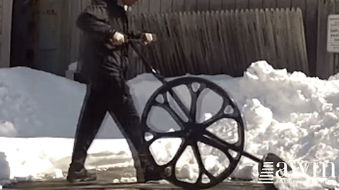 Shoveling Snow Is A Breeze With This Shovel Invention