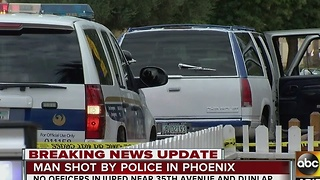 Suspect shot by two Phoenix police officers dies at the hospital - Video