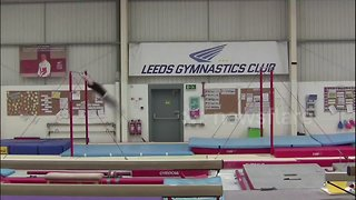 Gymnast performs record breaking swing horizontal two bars