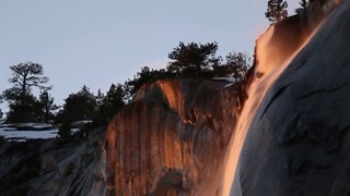 'Firefall' at Horsetail Fall in Yosemite National Park - Video