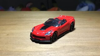 Awesome Hot Wheels Car '17 Corvette Z06 Convertible (C7) (2019 Mainline Livery)