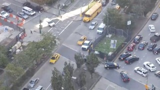 More Than 10 Police Vehicles Cut Traffic To Get to Attack Site in Manhattan - Video