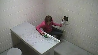 Woman escapes from Waukesha jail