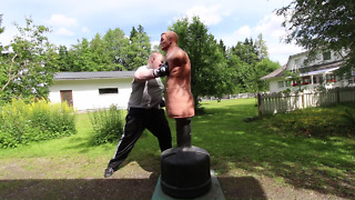 BOB XL Hook Punch Knockout (270 lbs/120 kg dummy) - Video