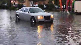 Flooded streets in Fort Myers and Southwest Florida - Video