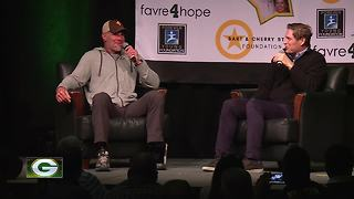 Brett Favre, Jerry Kramer share stories during Bart Starr Chalk Talk - Video