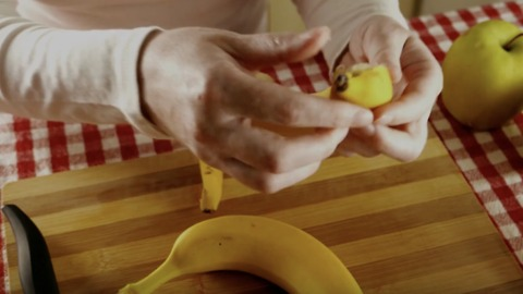 Here's Why You Shouldn't Throw Away Your Banana Peels