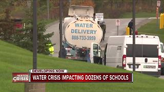 Water crisis in Oakland County impacting dozens of schools - Video