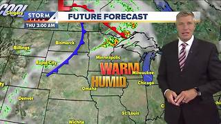 Cloudy, hot and humid Thursday - Video