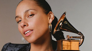 6 Reasons Alicia Keys is a Musical Legend - Video