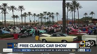 FREEBIE FRIDAY! Free ice cream, computer classes and a car show - Video