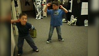 Kids Show Off Funky Fresh Moves - Video