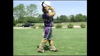 Bango hits the links (August 9th, 2003)