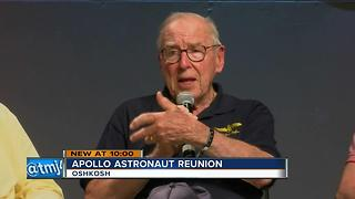 8 Apollo astronauts gather for historic reunion at EAA AirVenture - Video