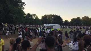 Police Vehicles Pelted as Hyde Park Water Fight Turns Violent - Video