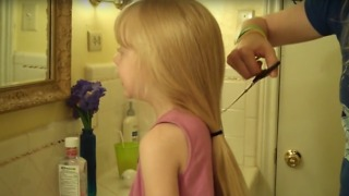 Mom Cuts Little Girls Hair 10 Inches - Video