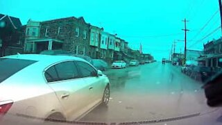 Driver causes accident after ignoring red light