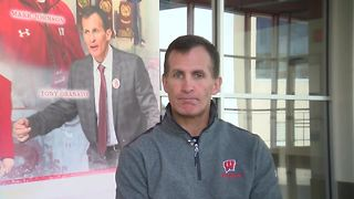 Tony Granato hopes to restore golden glory to Olympic hockey - Video