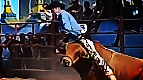 Bull Riding Fail - Crazy Bull Ruins Man's Day