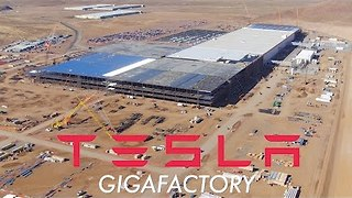 Aerial View Shows Tesla's Gigafactory In Sparks, Nevada, Said Capable of Lighting 15K Homes - Video