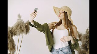 The Art Of Taking Selfies - Taking Time To Feel Good About Yourself