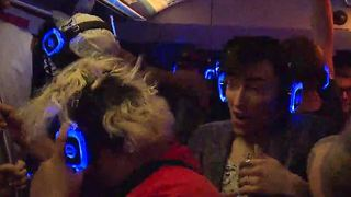 Silent rave on the Las Vegas Monorail - Video