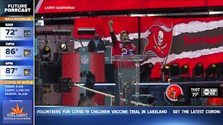 Bucs superfan gets to announce draft pick