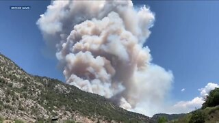 Grizzly Creek Fire shuts down I-70 in Glenwood Canyon in western Colorado