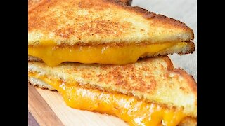 The best way to make a grilled cheese sandwich